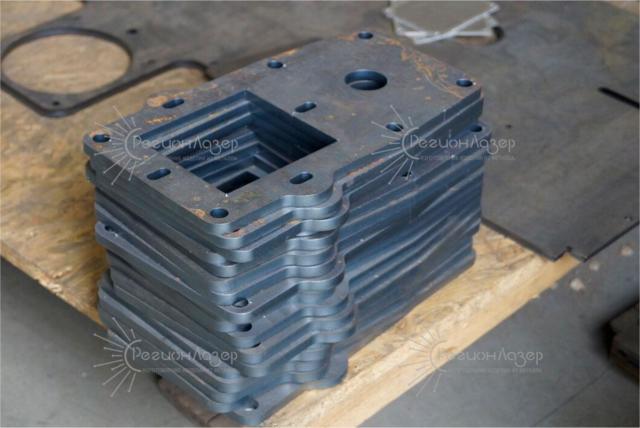 Лазерная резка металла /Ст3 10 мм